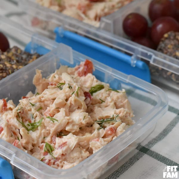 healthy chicken salad made with greek yogurt! perfect for weekly meal prep, low carb, iifym, and diet friendly! Great hotel room meal!